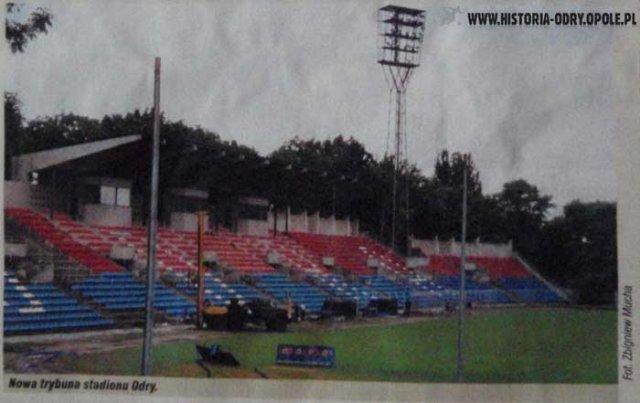 Brakuje pieniędzy na oświetlenie stadionu Odry